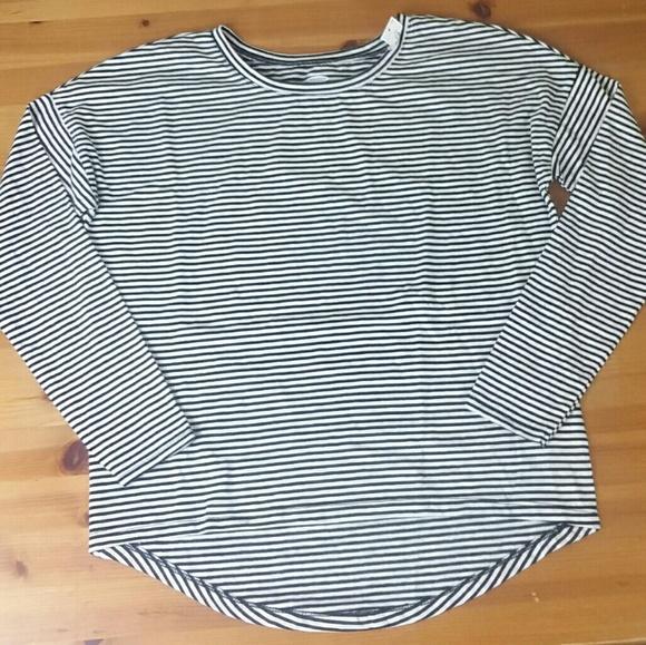 0c7afe4c Old Navy Shirts & Tops | Girls Blackwhite Striped Long Sleeve 8 ...